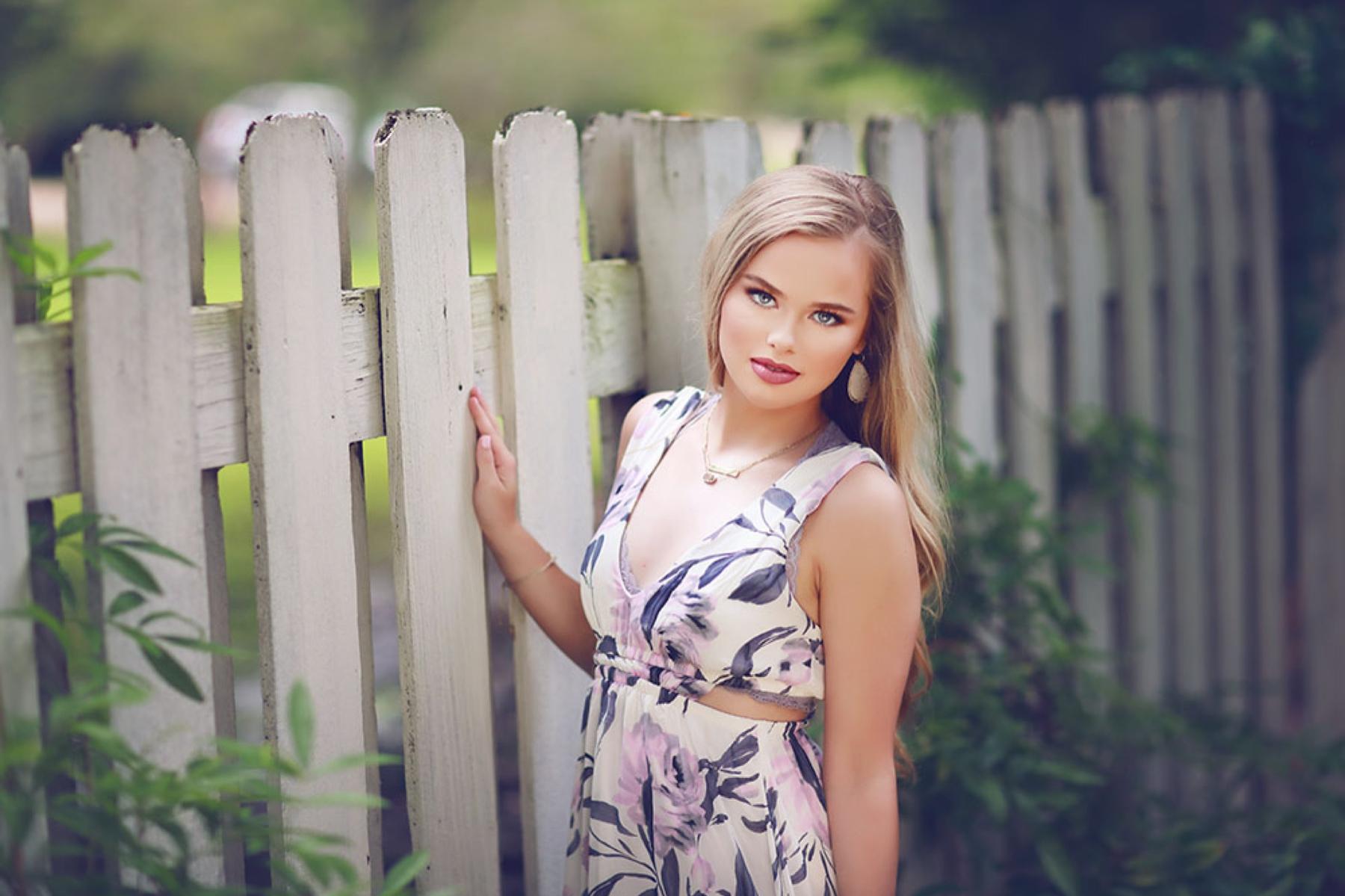 Senior Pictures 4